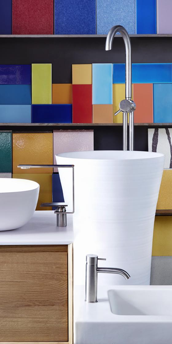 Arredo bagno spazio venturino for Produttori sanitari bagno